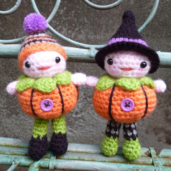 Crochet Toy Halloween Girl And Boy Doll Number B05136