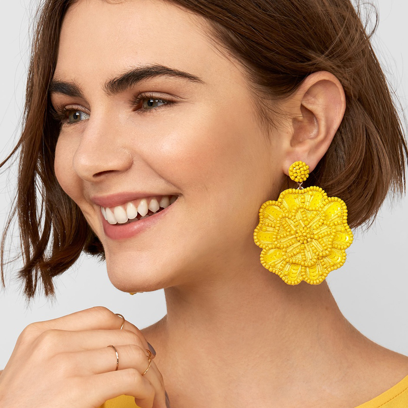 JUJIA 2019 Design 10 Colors NEW HOT Women's Fashion Earrings New Arrival Brand Crystal Tassel Beads Flower EARRINGS(China)
