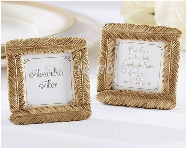 wedding favor and wedding gift newest style resin gold feather frame baby shower favors