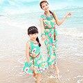 Olhar família 2016 Nova Mãe e Filha Combinando Vestidos Bohemian Floral Impressão Sem Mangas Vestido Maxi Plus Size