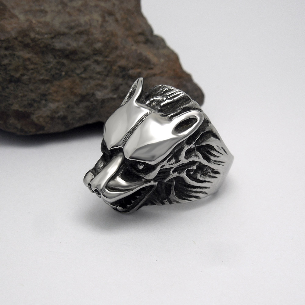 Vintage wolf head finger rings for men stainless steel Vintage style fashion rings