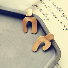 Earrings irregular geometric metal girl exaggerated earrings new retro wholesale fashion big