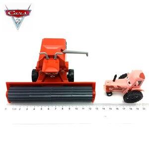 Image 2 - 1:55 Disney Pixar arabalar 3 2 Frank ve traktör yıldırım McQueen malzeme Jackson fırtına Ramirez Diecast oyuncak araba çocuk noel hediyesi