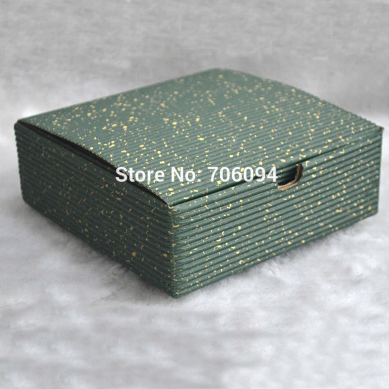 15*15*5,2 CM, 30 teile/los, Kosmetik/Jewerly green farbe wellpappe ...