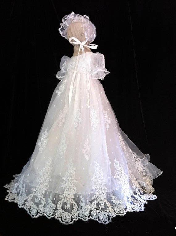 Vintage Baby Infant Girls Dösklänning Vit Ivory Snörning Applique - Babykläder
