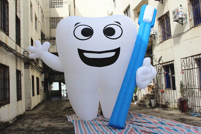 Free shipment height 4.5m inflatable teeth for advertising