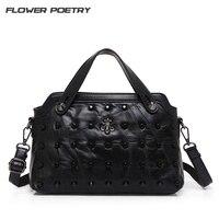 Luxury Women Handbag Rivet Leather Bag Messenger Totes Bags Handbags Women Famous Brands Designer Rivet Shoulder