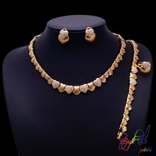 Free Shipping 18 carat Gold New Jewelry Full Rhinestone Shinning Crystal Chain Necklace Earrings Jewelry Sets