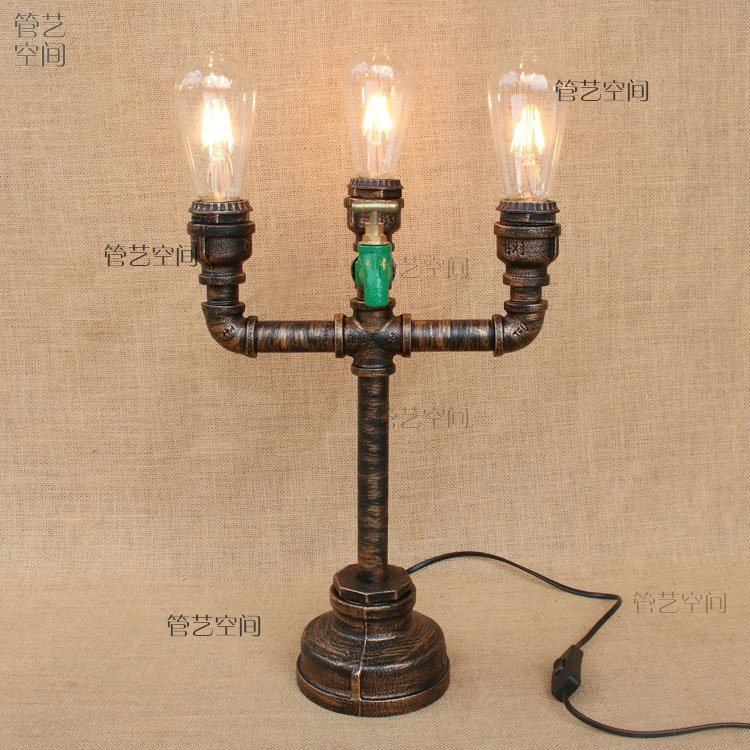 Water pipes iron pipe study table light Cafe theme restaurant bedroom corridor lamp Personalized fashion Table Lamps SG6 loft led light iron pipe lamp bronze water pipe desk lamps table lamps decorate study room bedroom cafe bar fj dt1s 012a0