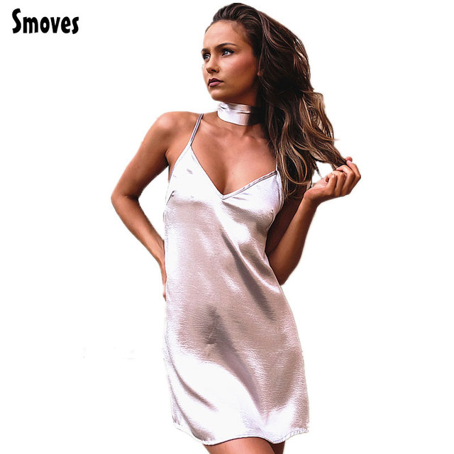 Smoves Женщины Sexy Глубокий V Шеи Вернуться Criss Cross Колье шеи Шелковый Атлас Slip Dress Строки Сверкающих Бальные Платья Vestidos GD333