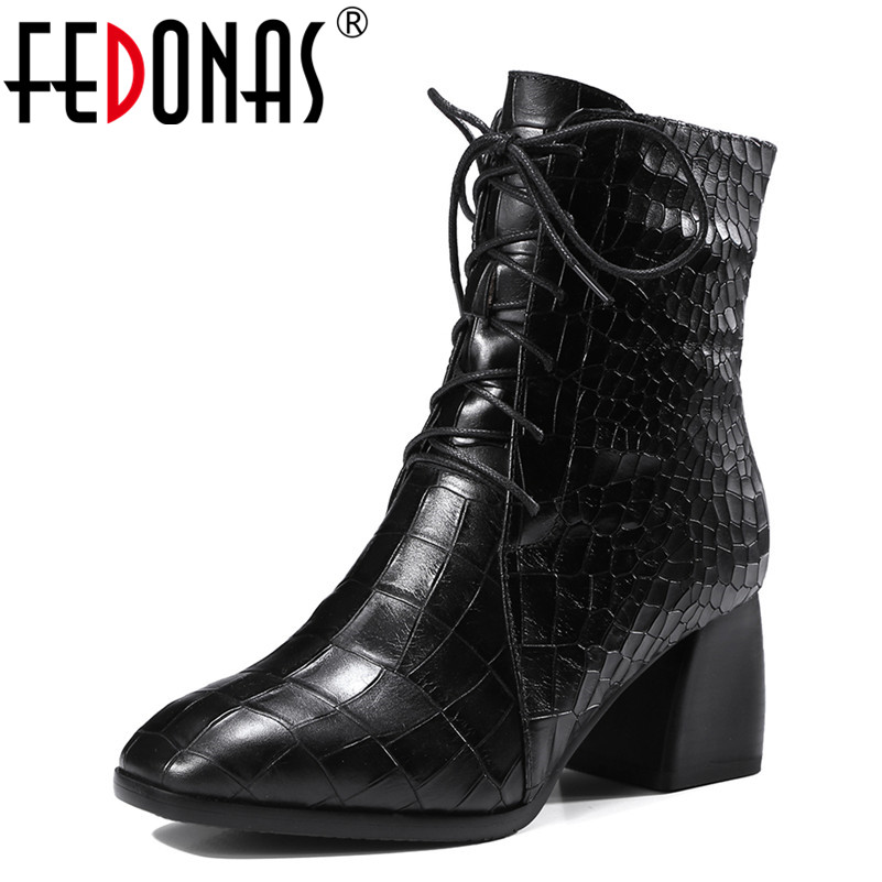 FEDONAS 2018 Women Thick High Heeled Ankle Boots Corss-tied Autumn Winter Martin Shoes Woman Retro Warm Motorcycle Snow Boots fedonas women ankle boots elegant warm winter boots genuine leather ladies shoes woman high heeled motorcycle martin boots