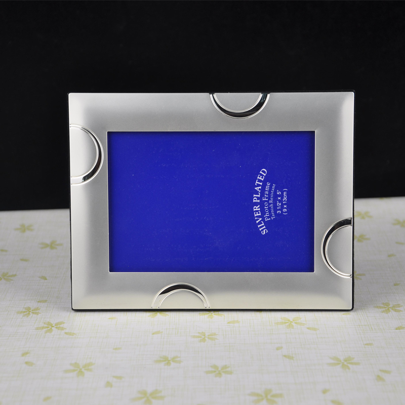 5 Inch Clic Metal Photo Frame Picture Frames Mpf044 In From Home Garden On Aliexpress Alibaba Group