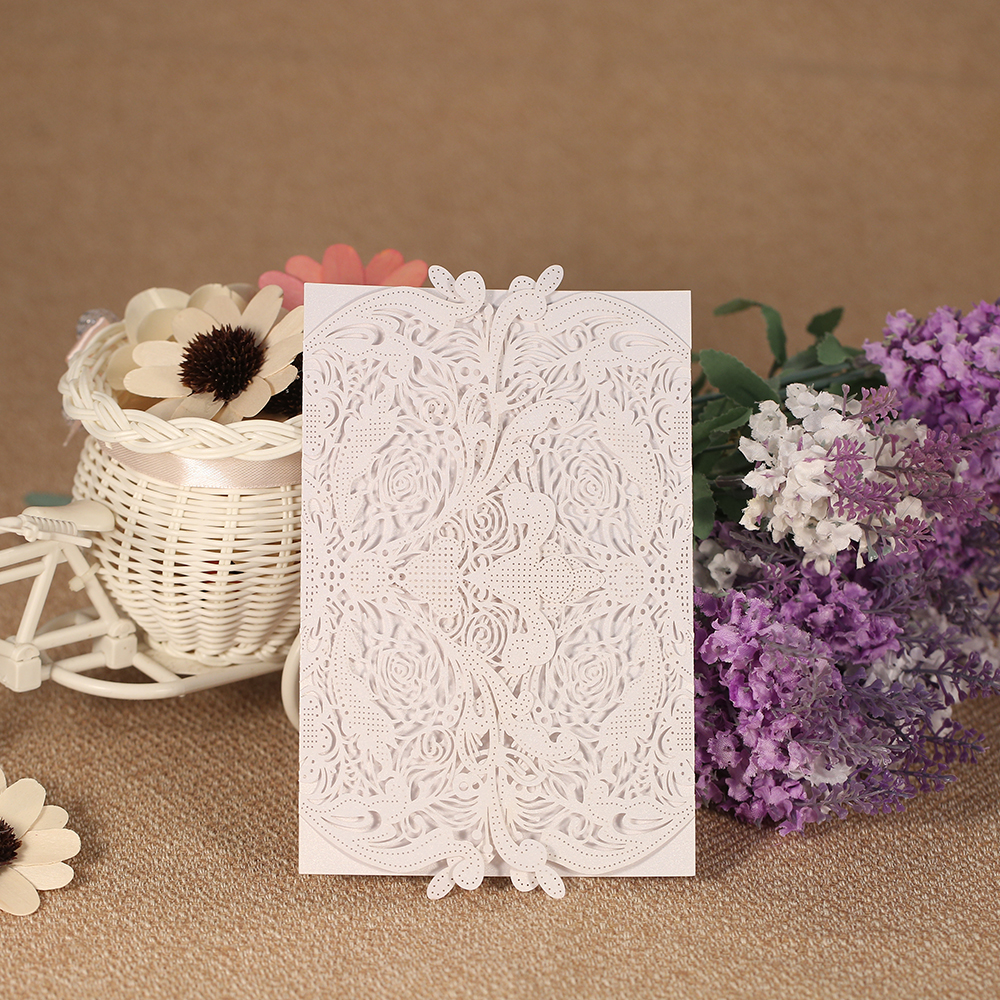 20pcs Laser Cut Wedding Invitation Card Pearl Paper Hollow Out Carved Floral Pattern Invitation Cards Wedding Party Decoration