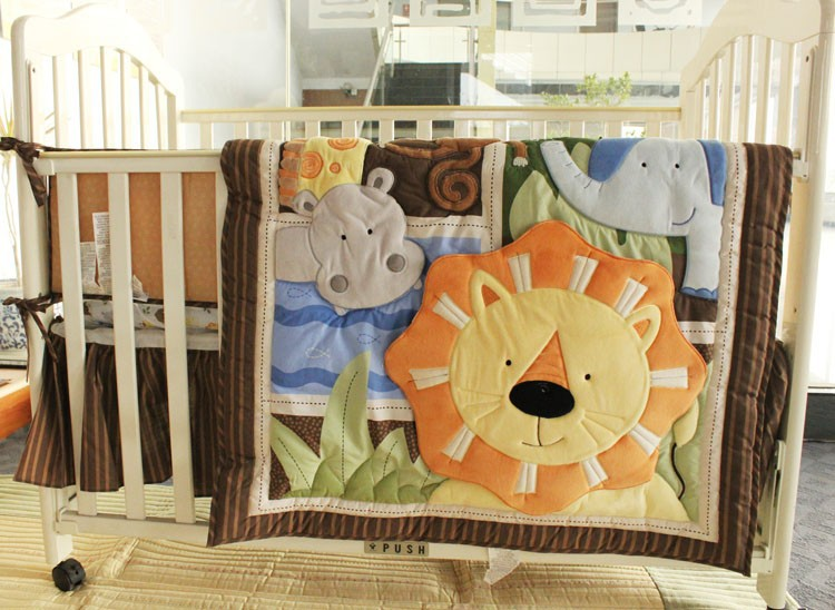 7 Pieces Embroidered Africa Lion Pattern Boy Cot Crib Baby