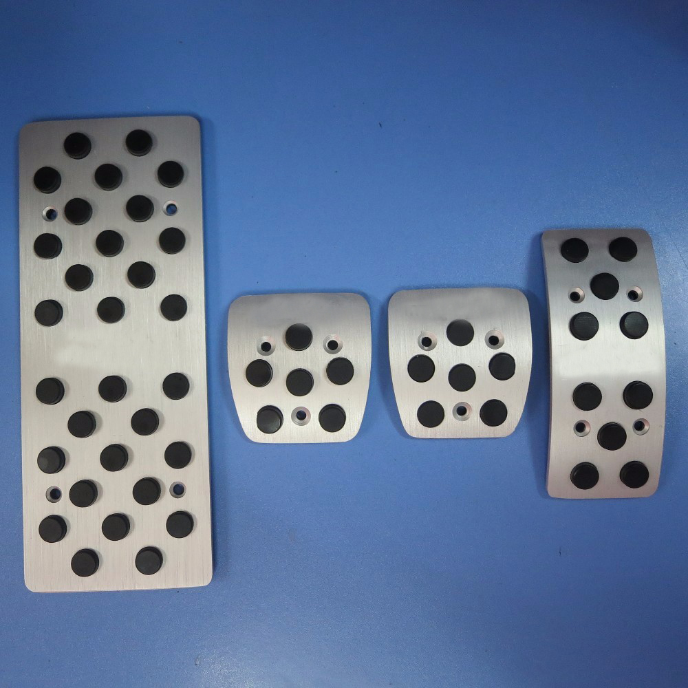 видео инструкция по замене тормозных колодок мазда 6