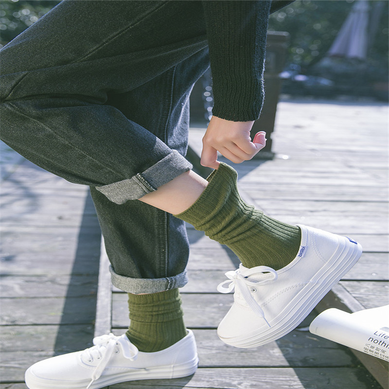 2018 New Fashion Women Socks Striped Cotton Socks Lady Retro Socks For Spring Autumn Winter