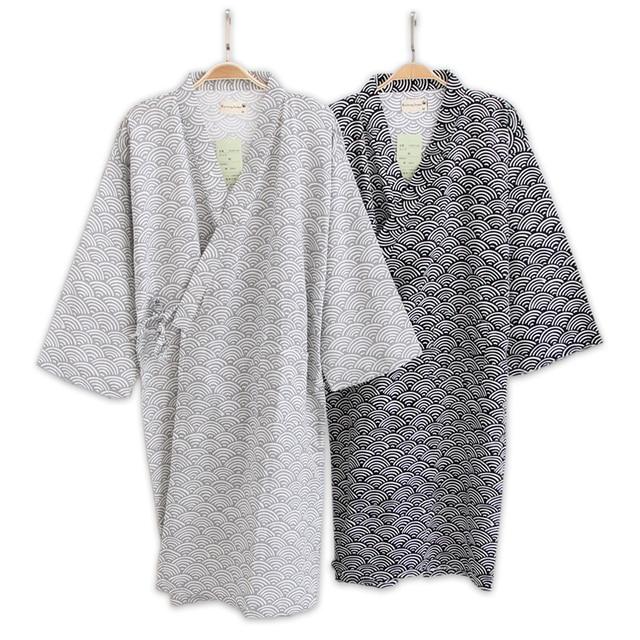 Male Simple Japanese kimono robes men summer long sleeved 100% cotton  bathrobe fashion casual waves dressing gown men bathrobe 62da6092b
