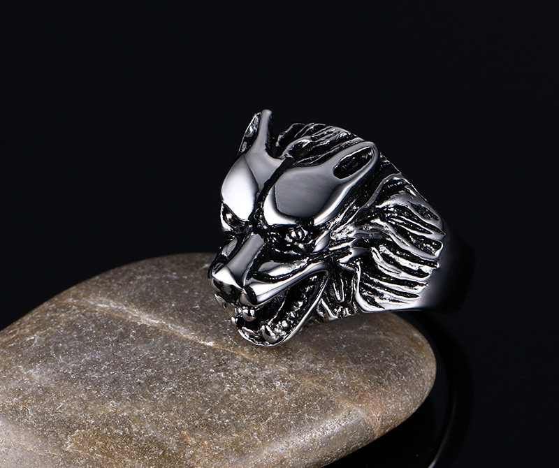 Wide Wolf Head Shaped Silver Ring for Men