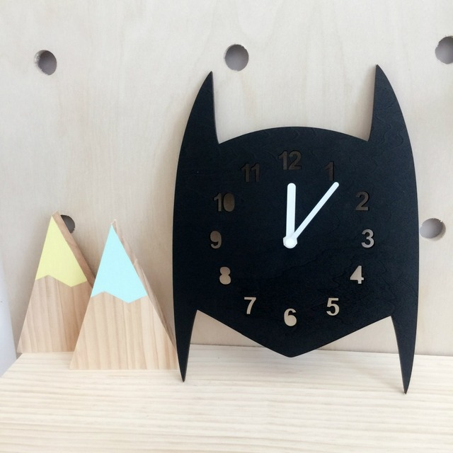 New Nordic Style Wooden Black Watch Wall Hanging Decoration Scandinaivan Style Wall Decor Nordic Style Kids Decoration