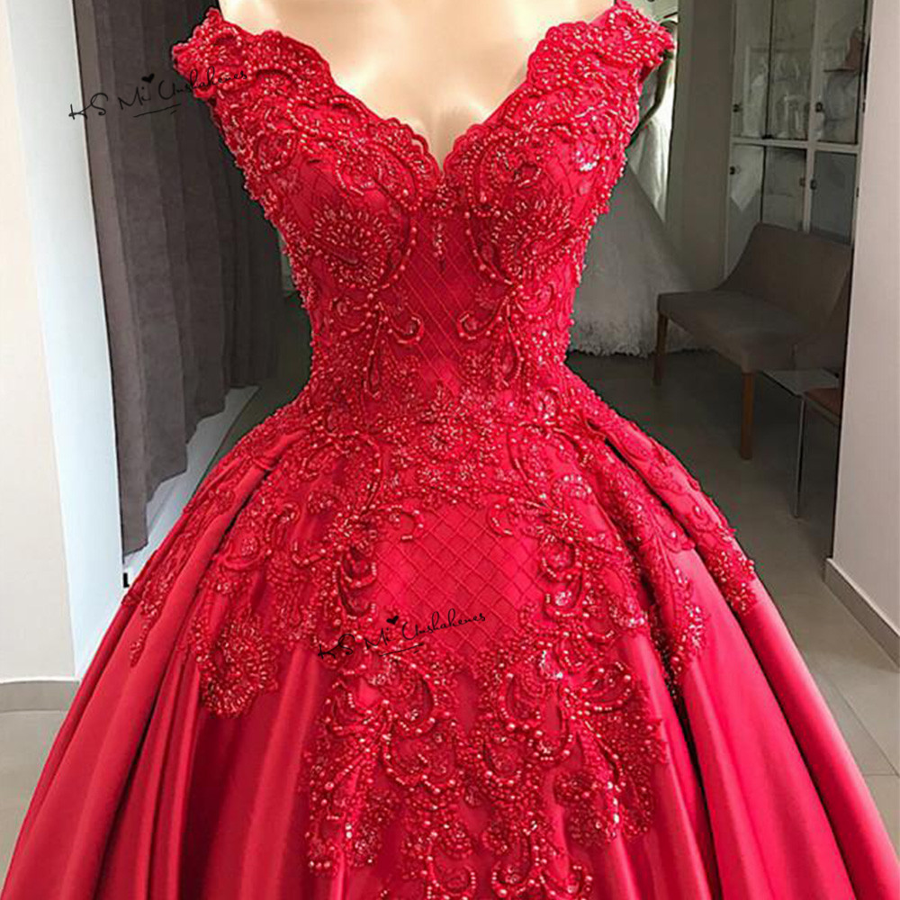 Designer Vintage Red Wedding Dress 2019 Lace Beaded Church Bride Dresses Custom Made off Shoulder Wedding