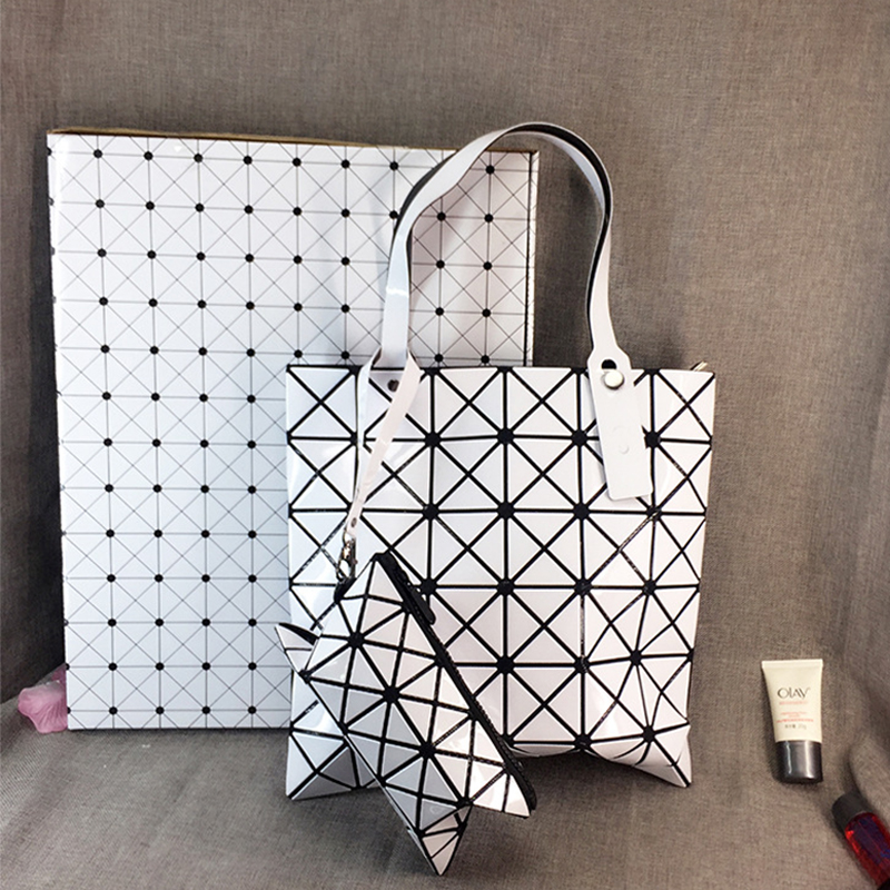 New women geometry bao bao bag Female Folded Geometric Plaid Bag bao bao Fashion Casual Tote Women Handbag Mochila Shoulder Bag rainbow magic rubik s cube tote diamond geometric bao bao high capacity handbag bags women colorful plaid mosaic shoulder bag