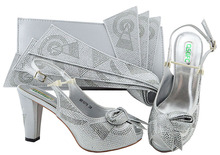 Hot Sale Fashion Decorated With Rhinestones Shoes And Bag Set Italian Silver color Shoe With Matching Bag For Party Dress