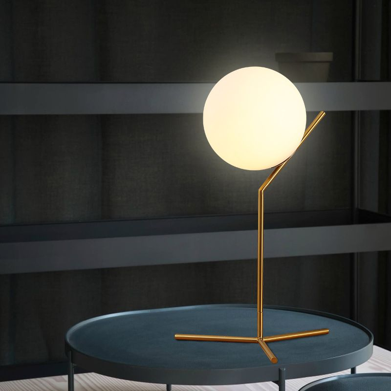 Modern Table Lamp Glass Ball Book Lights Desk Night Light E27 Nordic Bedside Lamp La Lamparas Bedroom Bar Cafe Reading Lighting