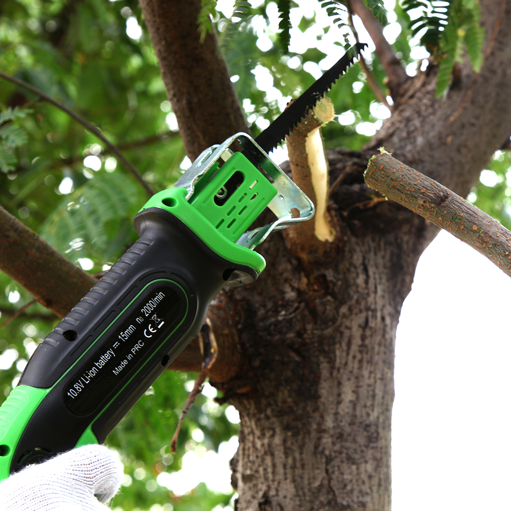 East garden tools 10.8v cordless lithium garden saw factory direct selling rechargeable battery tools woodworking tools ET1405 цены