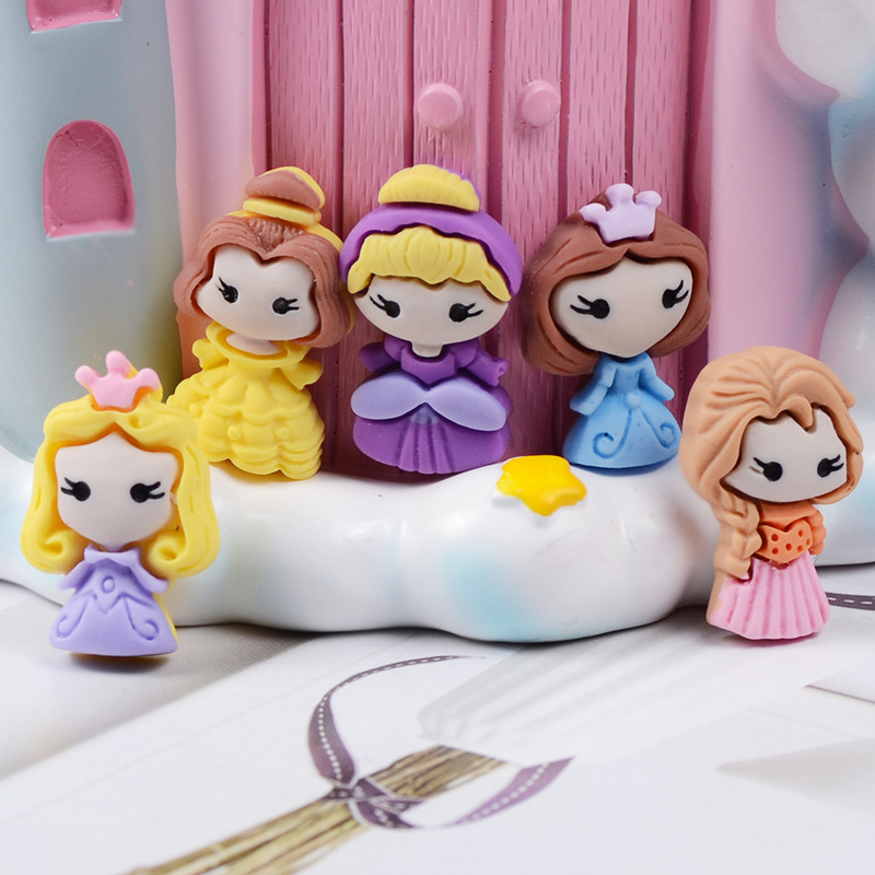 Princesses Resin Cabochons 25mm