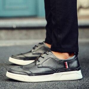 Image 3 - 2018 dos homens de alta qualidade couro sapatos casuais sapatos masculinos brogue mocassins moda tênis
