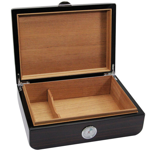 Wood Pattern Cedar Lined Piano Finish Cigarette Humidor high-quality