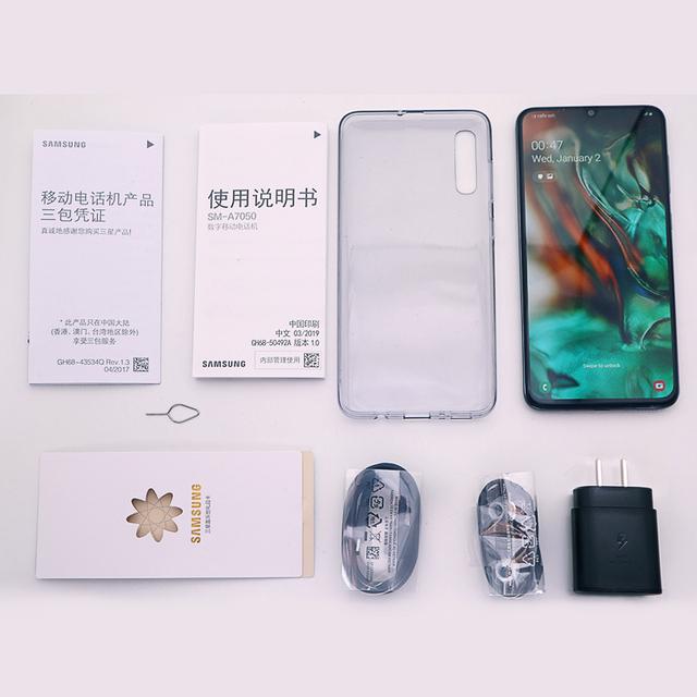 Samsung Galaxy A70 smartphone 6.7″ Infinity U Display 6GB 128GB