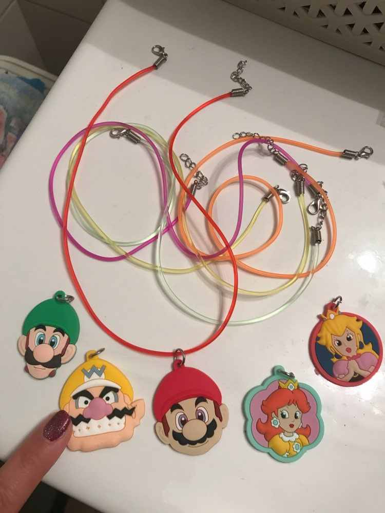 1pcs Super Mario Necklaces Cartoon Soft PVC Pendant Chain hoker Fashion Jewelry For Boys Girls Accessories Kid Xmas Gift