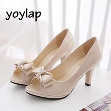 2018 Summer High Heels Open Toe Sandals with Korean Bow Patent Leather Black White Beige Thin Heels Female Shoes