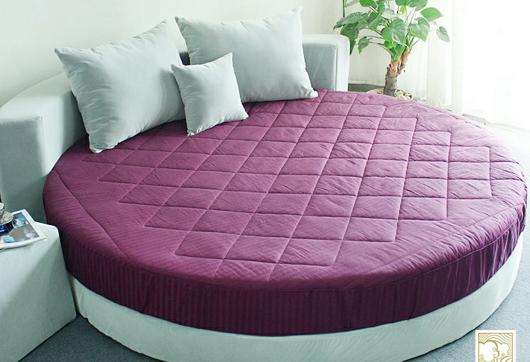 Buy multicolor cotton round bed suitable for 2m mal 2m bett