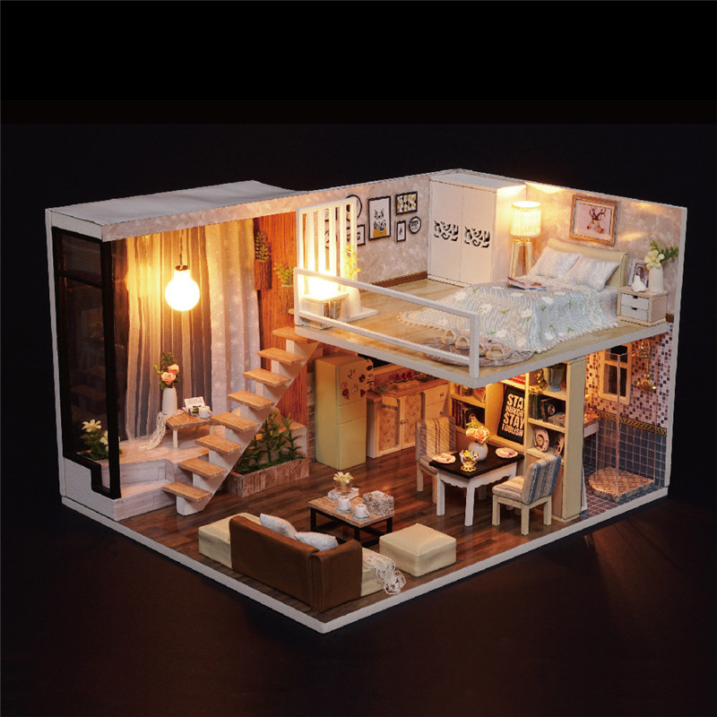 Cute Families House DIY Wooden Toy Wait Time Hand Assembled Toy House Creative Gift Crafts for Children Juguetes Brinquedos in Doll Houses from Toys Hobbies