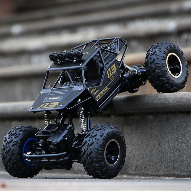 Infant Shining RC Car 1/12 4WD Rock Crawlers 4x4 Driving Car Bigfoot Car Drive Remote Control Car Model Off-Road Vehicle Toy 1 12 high speed car ratio control 2 4 ghz all wheel drive model 4x4 driving car assebled buggy vehicle toy