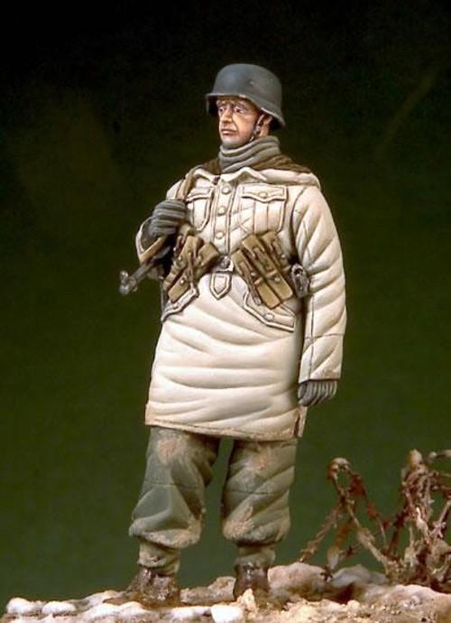 1:35  German Soldiers In Winter 5
