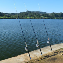 Полные размеры CaiGao 2.1m 2.4m 2.7m 3.0m Автоматическая удочка Sea River Lake Pool Fishing Pole Device (Без катушки)