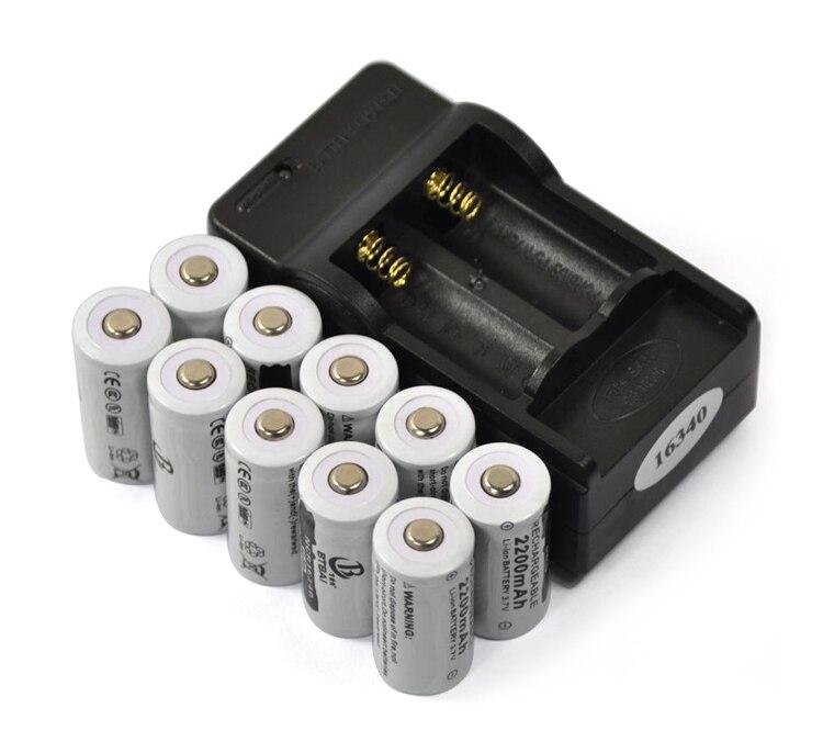 10 PCS 3.7 V 2200 mAh 16340 CR123A Recarregável Li-ion Battery + 1 PCS 2-slot Carregador de Viagem Bateria para Lanterna Bateria de lítio