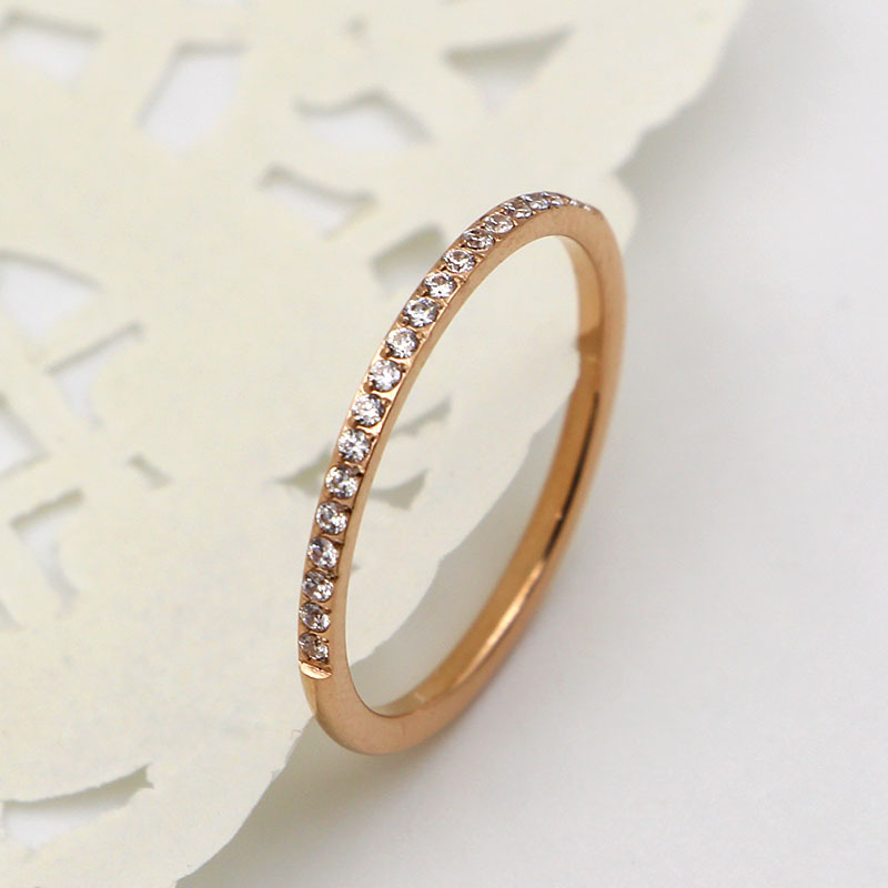 New Valentines Day gift flash ultra-thin set with 20 Zircon titanium steel plated rose gold woman ring