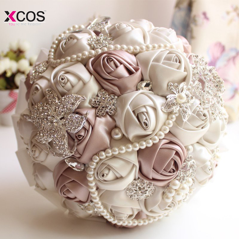 Em Ações Lindo Buquê de Casamento De Cristal Frisado Marfim Rosa Sapphire Pérola Da Dama de Honra Flores Artificiais Bouquets de Noiva