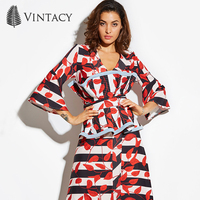 Vintacy 2017 Designer Summer Women Crop Top Women Sleeveless Cropped Red Tank Tops Patchwork Casual Spring