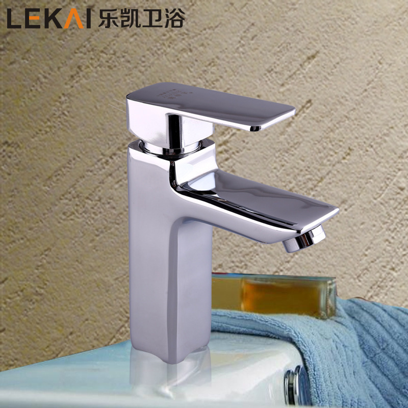 Wholesale double basin mixer lift vertical kitchen faucet single hole hot and cold mixing faucet custom