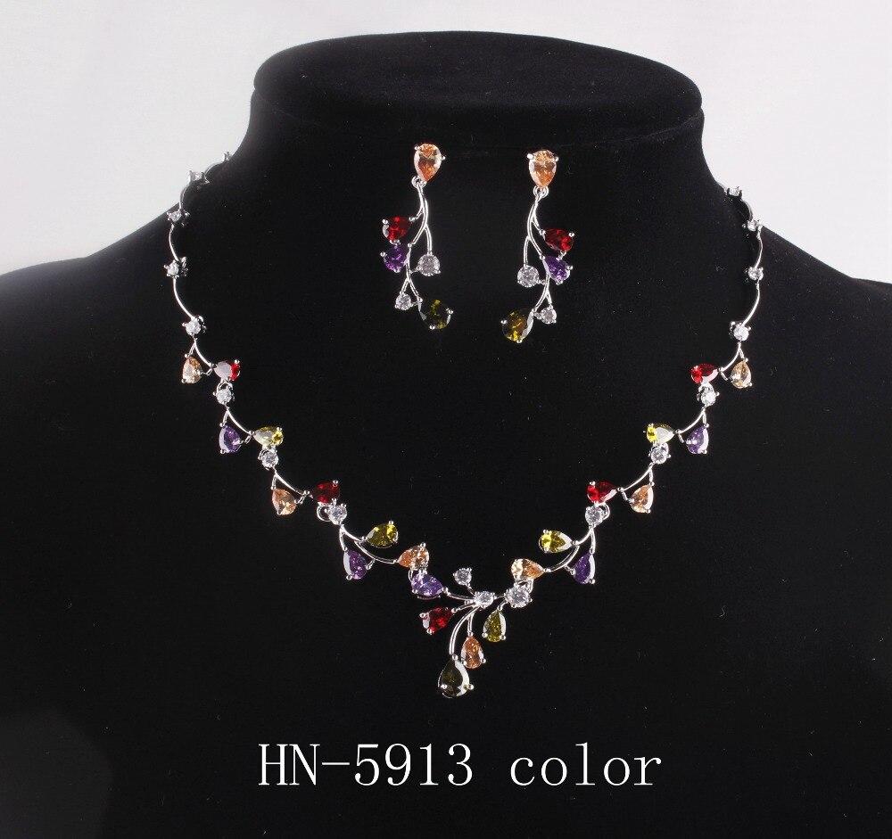 The new luxury AAA Mosaic zircon necklace female wedding sautoir Korea exquisite fashion accessories HN-5913