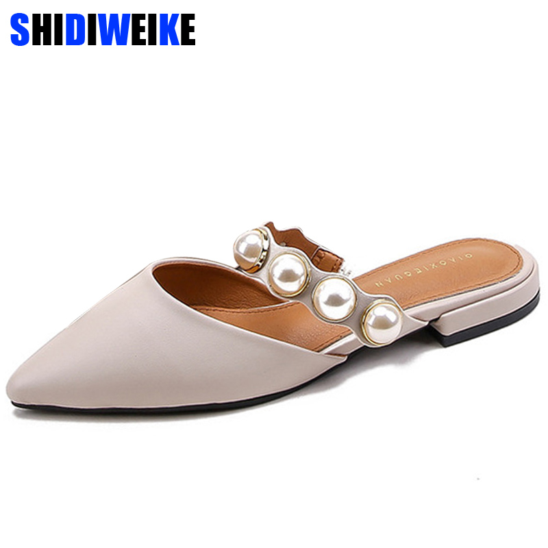 2019 Women Brand Slippers Square heel Women Casual Shoes Slip On Mules Slides Pearl Bead Pointed Toe Low Heel Shoes Sandals n6752019 Women Brand Slippers Square heel Women Casual Shoes Slip On Mules Slides Pearl Bead Pointed Toe Low Heel Shoes Sandals n675