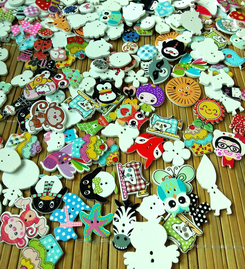 150 Wooden Buttons Shaped /& Round Craft Sewing Scrapbook Mixed Variety Pack