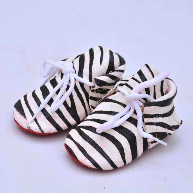 Real Leather First Walkers lace-up Leopard Fringe Soft bottom Baby moccasins Horse hair Leather Printing Suede Baby Shoes