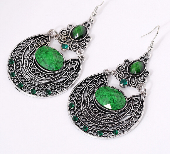 New arrival Bohemia Droplets Earrings Vintage Palace Hollow Carved Earrings for Women Ethnic Retro Accessories Pendant