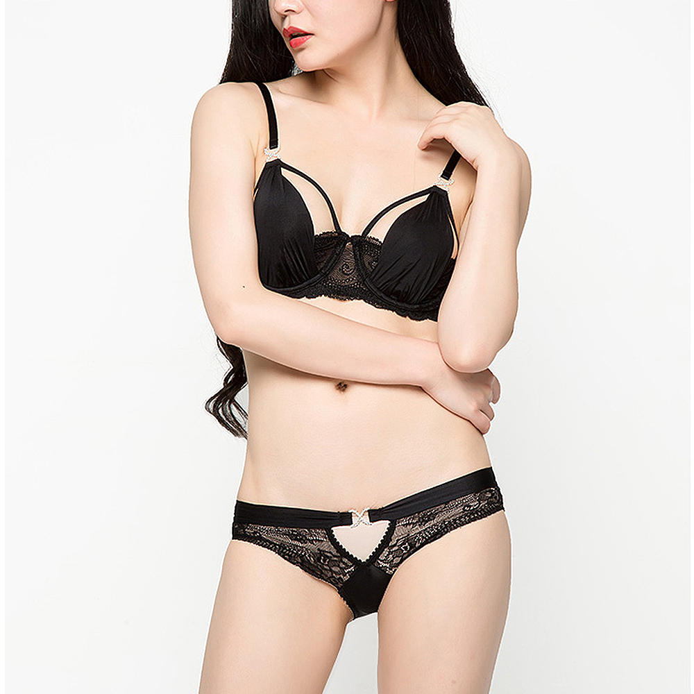 3c41b7d6b1 Vogue Secret Sexy romantic lace plunge cup young girl bra set black top design  underwear thin women s bra and panties plus size